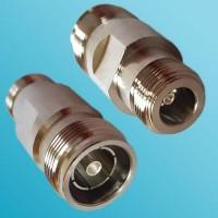 4.3/10 Mini DIN Female to N Female RF Adapter